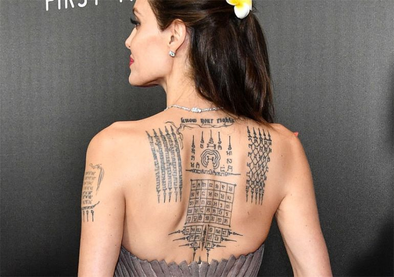 angelina-jolie-back-tattoo-825x580