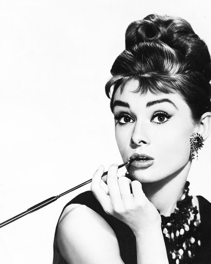 Audrey Hepburn by Retro Images Archive - da Fine Art America