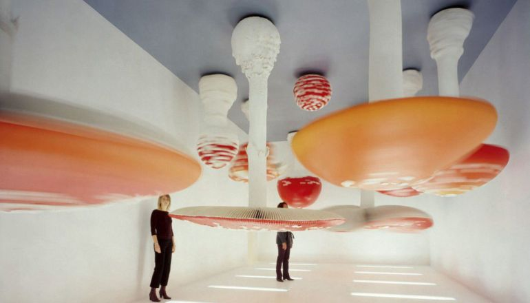 Carsten Höller, Upside Down Mushroom Room, 2000. Foto Attilio Maranzano. Courtesy Fondazione Prada - da Fondazione Prada