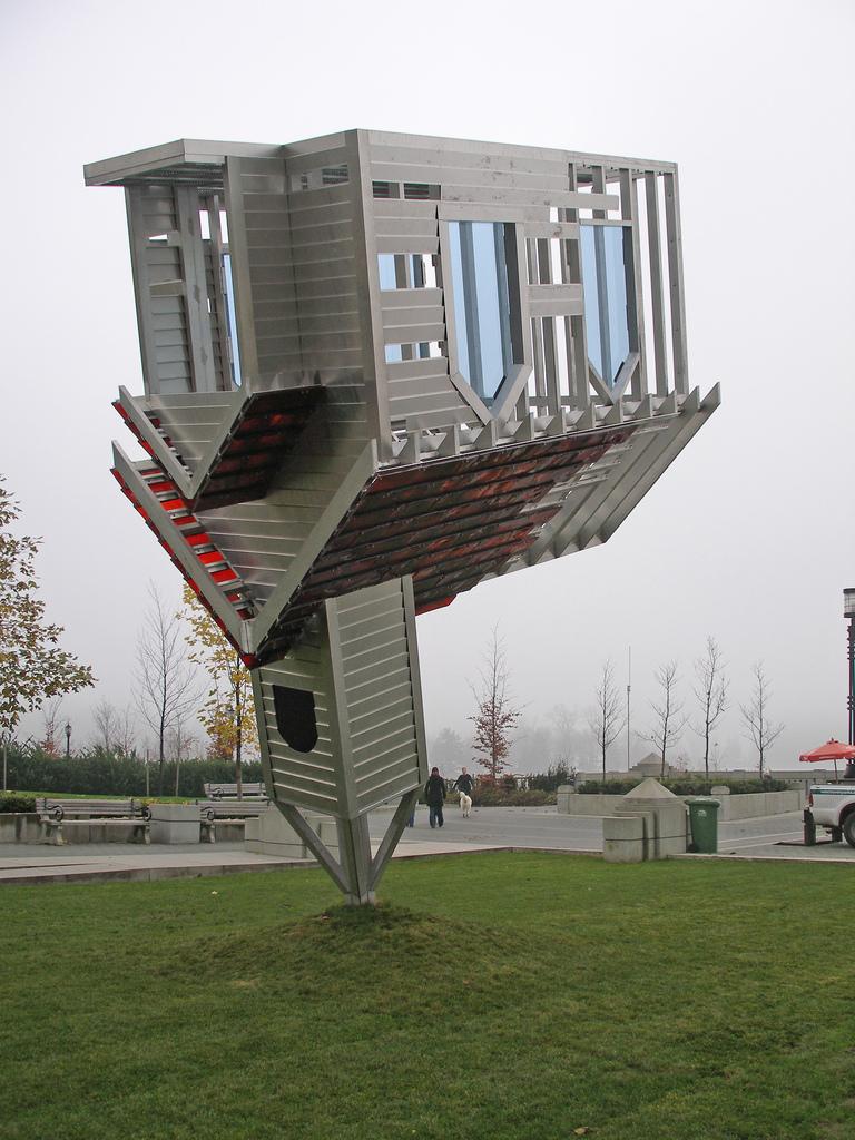 Device to Root Out Evil, 1997, Congegno per sradicare il demonio, nella sua precedente collocazione a Vancouver - da Wikipedia