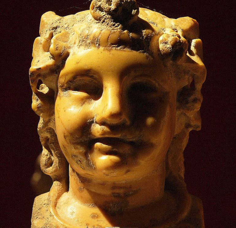 Dioniso bambino, Museo di Malaga. - da Wikipedia