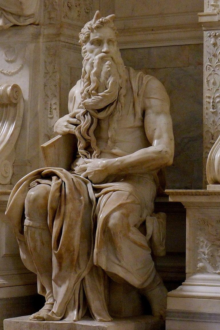 Il Mosè, Michelangelo, databile al 1513-1515 circa, ritoccata nel 1542, nella basilica di San Pietro, a Roma. - da Wikipedia