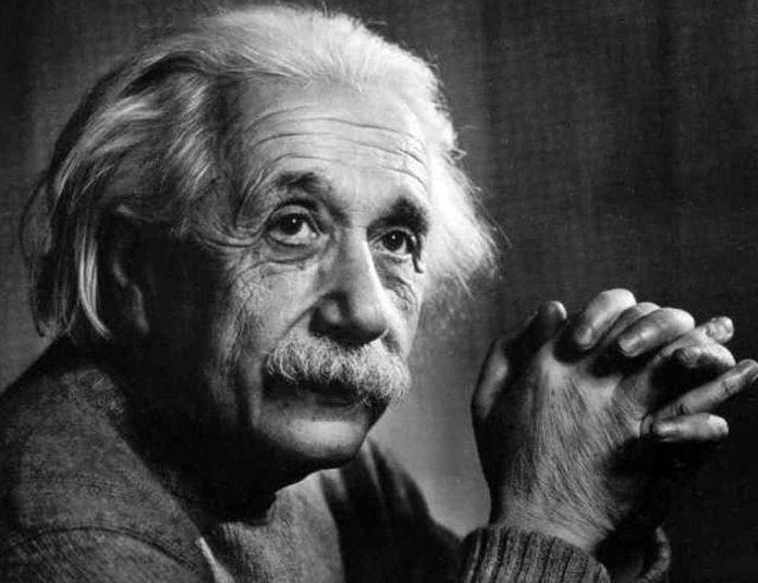 Albert Einstein - da contramuro