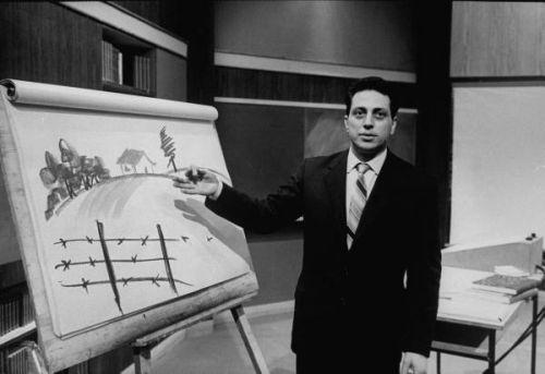 Alberto Manzi conduce il programma Non è mai troppo tardi - 1960-1968 - da Wikipedia