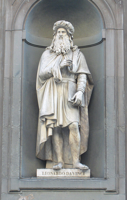 Leonardo da Vinci, statua nel piazzale degli Uffizi a Firenze - da wikipedia