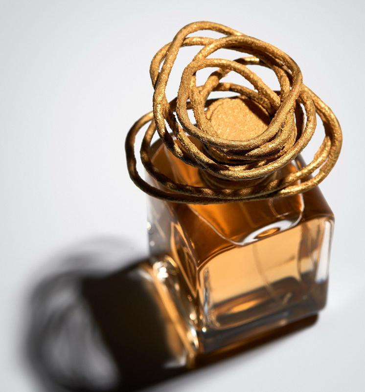 Rituale di Mendittorosa è una fragranza del gruppo Floreale Legnoso Muschiato - da mendittorosa