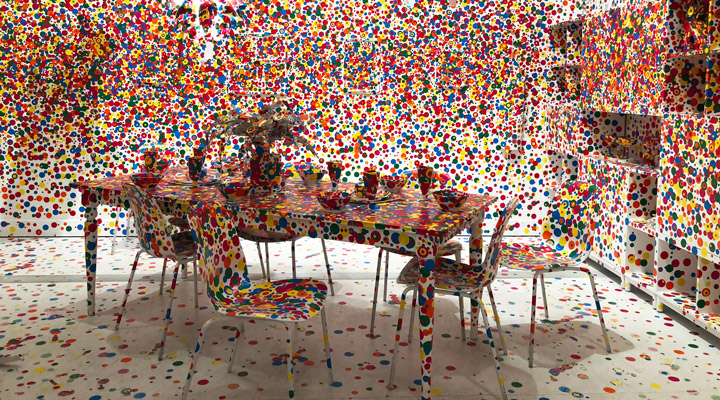 Yayoi Kusama, The Obliteration Room (2002) - da Dunn Edwards
